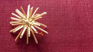 Auch für Weihnachten kann man auf den Kreativmärkten schon Selbstgebasteltes erwerben. (Foto: www.pixabay.de)